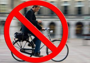 Bike-B: il supporto 'smart' per pedalare in sicurezza con il cellulare