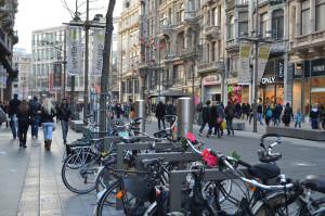 Le ciclabili fanno bene ai negozi. Nuovi clienti e più regolari