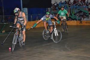 Bike polo palla lunga e pedalare
