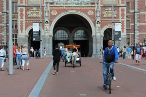 Amsterdam in bicicletta: ospiti d'onore al Rijksmuseum