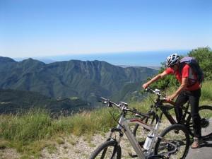 Cicloturismo in Versilia: per mare e monti, in e-bike