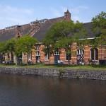 Il Westergasterrein visto dal canale © iamsterdam.com / matthias valewink