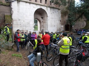 Sabato in festa con la bici nello splendore dell'Appia Antica