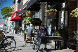 Spesa in bicicletta: in Danimarca il 50% degli incassi arriva da ciclisti e pedoni