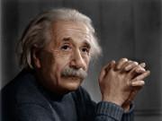 Rotratto a colori di Albert Einstein