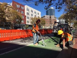 Ciclabili sicure: quando le città giocano al rialzo
