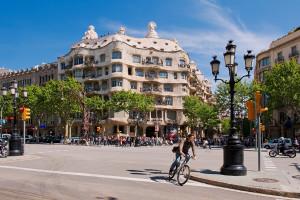 Nuova mobilità: Barcellona disegna superquartieri chiusi alle auto