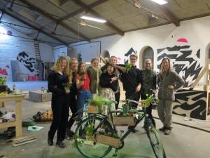 Guerrilla gardening: in Danimarca sbocciano fioriere sulle bici abbandonate