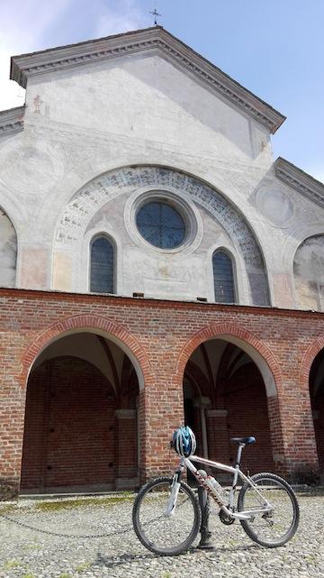 facciata-chiesa-staffarda-per-web
