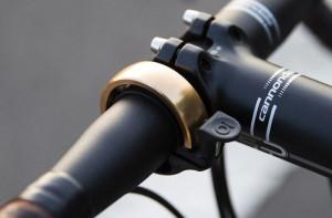Bici e design: Knog reinventa il campanello