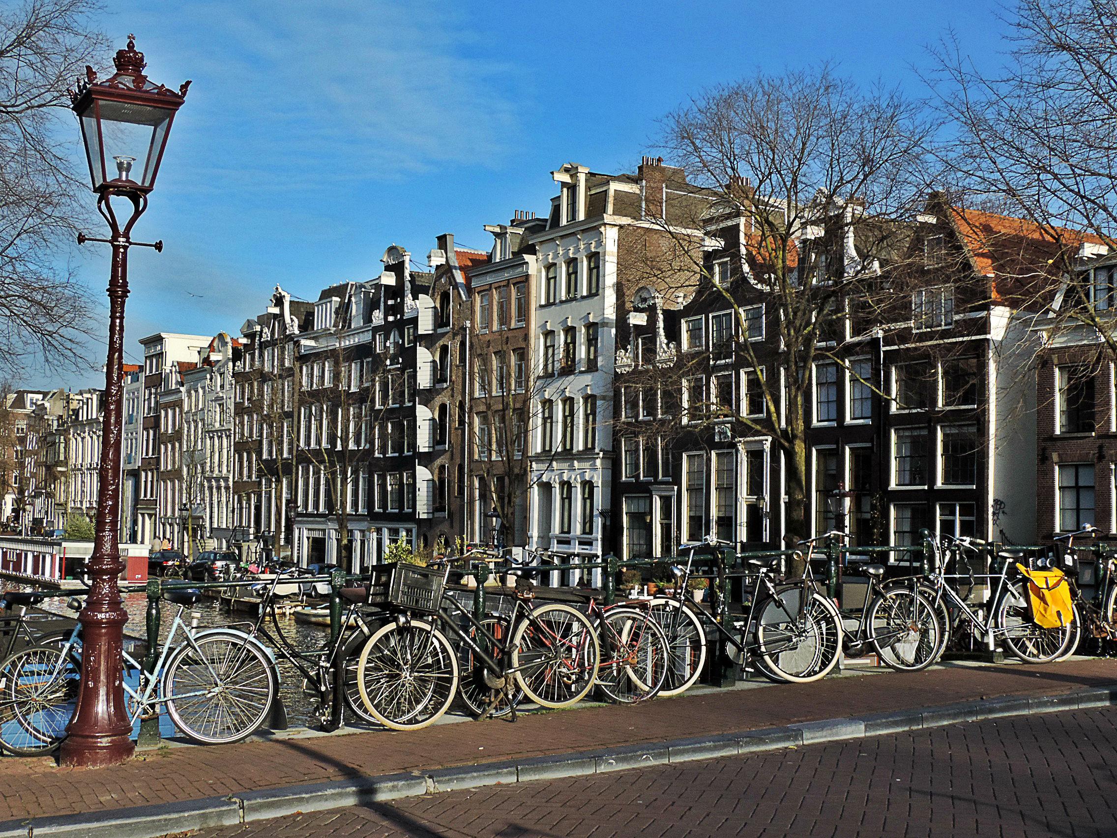 Bike sharing nel 2017 amsterdam ci riprova non uno ma for Affitto bici amsterdam