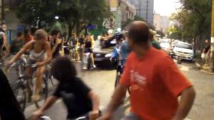 Con l'auto contro la Critical Mass in Brasile: condannato a 12 anni