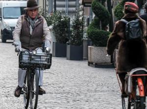 Nuova mobilità: a Milano Confesercenti promuove la spesa in bicicletta