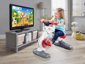 Dalla Fisher Price un giocattolo per imparare pedalando