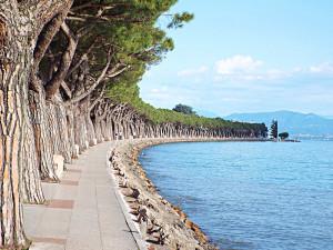 Pasqua in bicicletta: sul Lago di Garda tra borghi e parchi divertimento