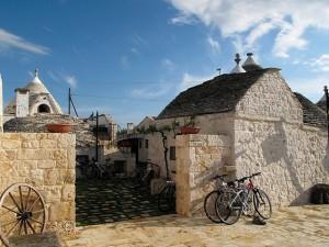 Vacanze in bicicletta: in primavera una settimana tra Puglia e Matera