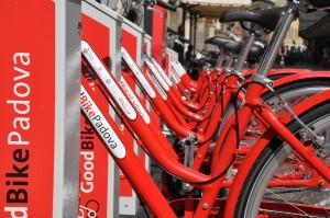 Bike sharing: a Padova sconto sull'annuale per i pendolari Trenitalia
