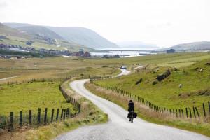 Scozia, dove il cicloturismo vale 400 milioni di euro. E un albergo su sette è bike friendly