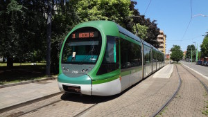 Trasporto bici sui tram: a Milano la proposta di estendere il servizio a tutta la rete