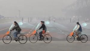 La bici mangia smog. Più pedali, più pulisci l'aria