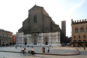 A Bologna raddoppiate le multe ai ciclisti. Ma le rastrelliere non aumentano più