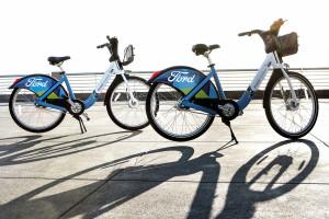 Ford parcheggia l'auto e lancia il bike sharing