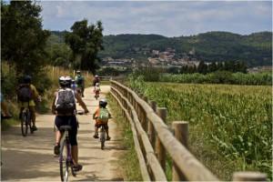 Vacanze in bicicletta: in Catalunya lungo le ex-ferrovie trasformate in Vies Verdes