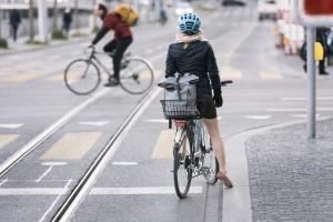 Svizzera al voto il 23 settembre per inserire le ciclabili nella Costituzione
