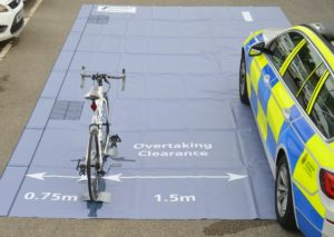 Distanza di sicurezza: in Gran Bretagna multa alle auto che non la rispettano