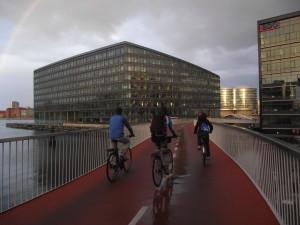 7 ponti da urlo (e da record) da attraversare in bicicletta