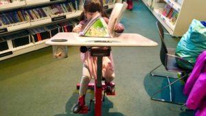 Pedalare leggendo: a Montreal bicycle desk in 47 biblioteche pubbliche