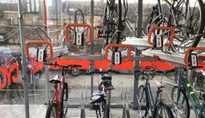 Bici+treno: in Germania il piano per 100mila nuovi parcheggi nelle stazioni