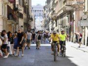 In aumento gli spostamenti a piedi o in bici