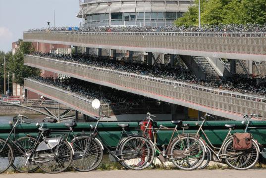 Accordo sul clima olandese, parcheggi bici