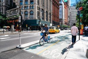 New York investirà 1,5 miliardi per realizzare 250 ciclabili. E non solo