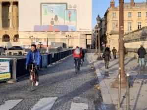 Ciclabili d'emergenza: a Parigi pronta una rete di 650 chilometri