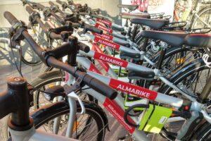 Bologna, all'Università 650 bici in sharing gratuito. «50 rileveranno PM10»
