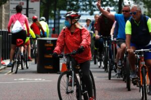 Bici e coronavirus, nell'ultimo anno è boom di ciclisti nelle città