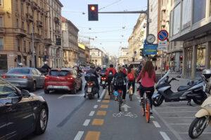 Mobilitaria 2021, aumentano le ciclabili ma inquinamento a livelli pre-Covid
