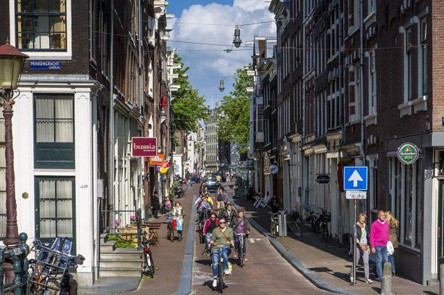 In bici ad Amsterdam
